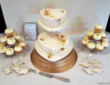 2-tier-cupcakes