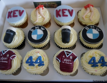 BMW-cup-cakes