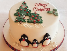 Christmas-cake-penguine