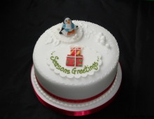 christmas-cakes-penguin