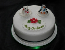 christmas-cakes-penguin-bear