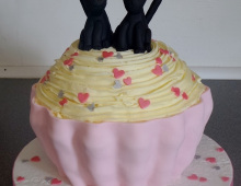 Cup-cake-engagement