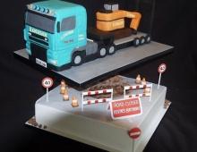 Lorry-digger-road