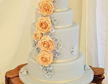Classic-large-roses-cascade