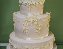 Three-tier-elegent-floral