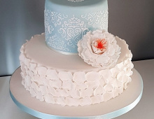 2-tiers-stack-icing-detailing