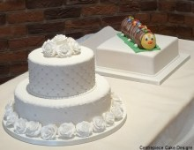 His-and-hers-wedding-cakes-2