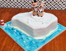 Isle-of-wight-fox-topper-cake