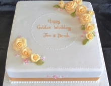 Golden-wedding-roses