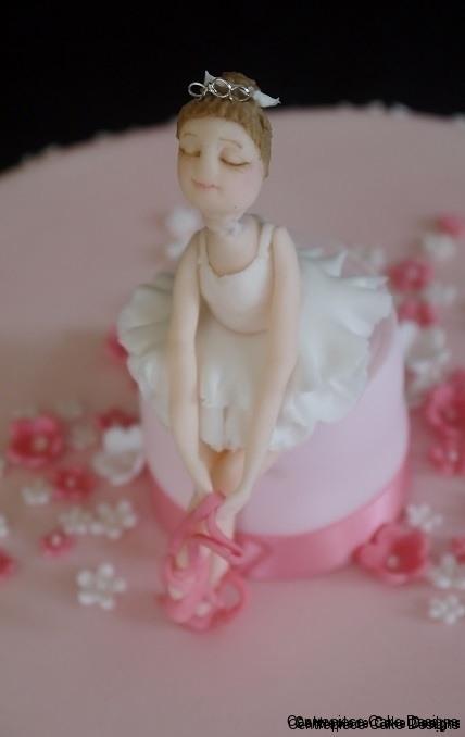 Wedding Cake Toppers Poa Centrepiece Cake Designs