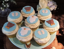 Baby-shower-cup-cakes