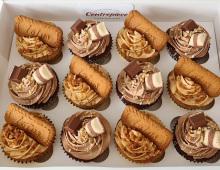 Cupcakes-lotus-bisquits