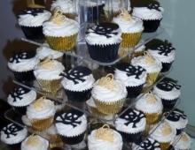 Skulls-tiaras-cup-cakes