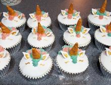 Unicorn-cup-cakes