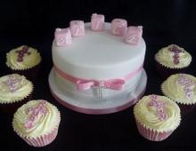Christening-blocks-cross-cupcakes