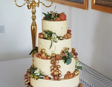 Buttercream-golden-fruits