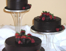 dark-chocolate-strawberries