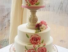 Painted-roses-pillar