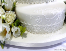 tall-floral-icing-detail