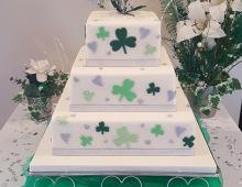 Three-tier-Irish-clover-wedding