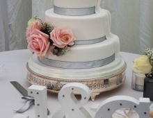 superhero-wedding cake (2)