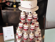 Mr&Mrs-cupcakes
