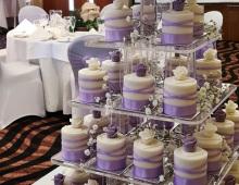 Round-individual-cakes-purple