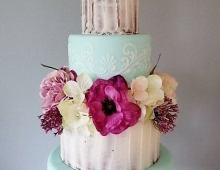 Fine-icing-buttercream-stacked