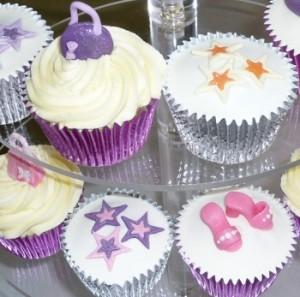 cupcakes birthday pinks